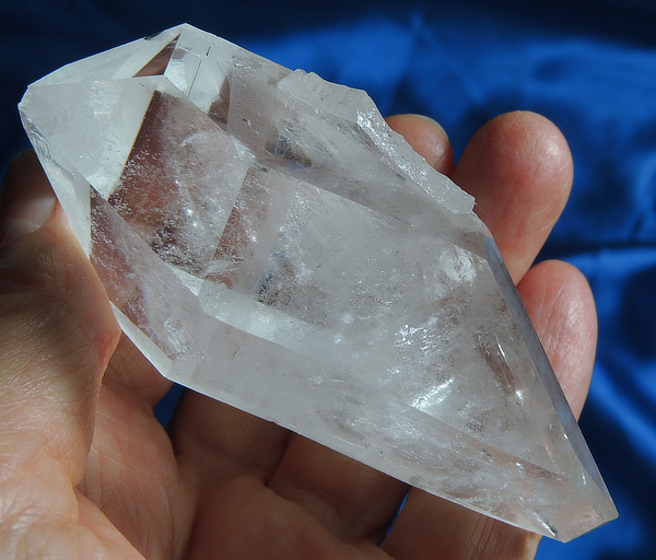Energizing DT Starbrary Corinto Quartz with Subtly Glyphed Faces