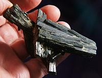 Lustrous Cluster of Deep Green Blades of Epidote
