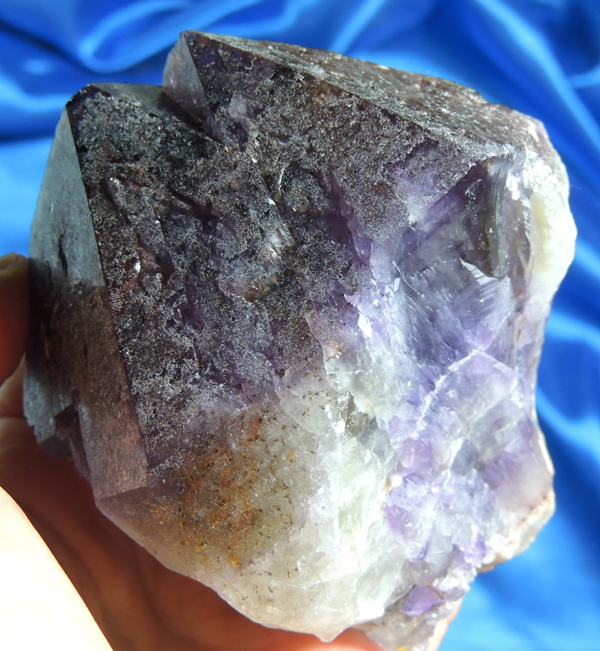Amazing Trigonic Super Eight Quartz with Cacoxinite – Harmonic Stone